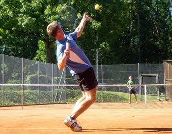 tennis-245210_640.jpg